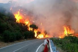 strada brucia