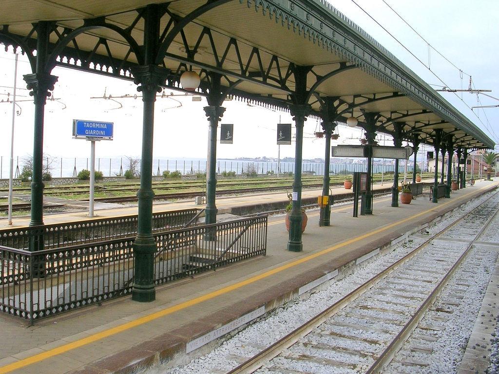 StazioneTaormina