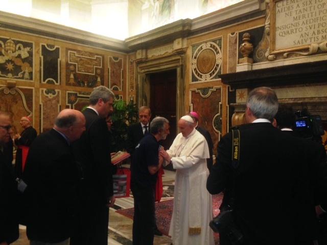 Papa con Accorinti