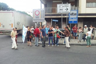 manifestazione cartour cavalcavia
