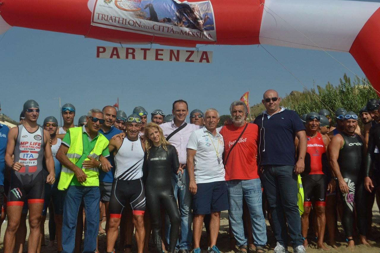 Partenza TRIATHLON Messina 2014