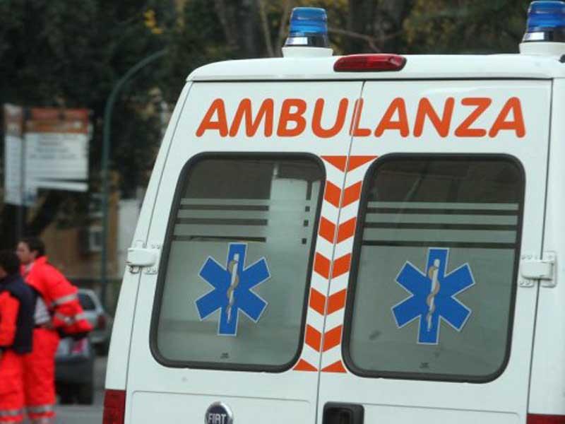 ambulanza - capo d'orlando - 14enne