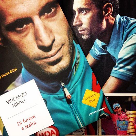 La-copertina-del-libro-di-Vincenzo-Nibali