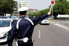 A 114 km/h in via Garibaldi, stangato dalla Polizia Municipale