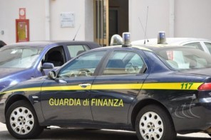 Sequestrati 9mila litri di carburante e un distributore abusivo
