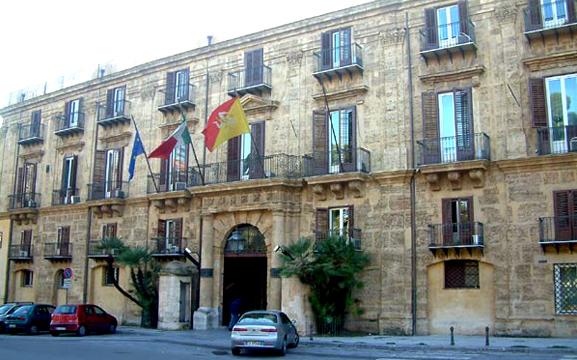 news 53290 Regione Palazzo