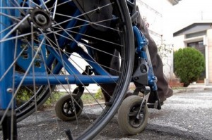 disabile-sedia-a-rotelle