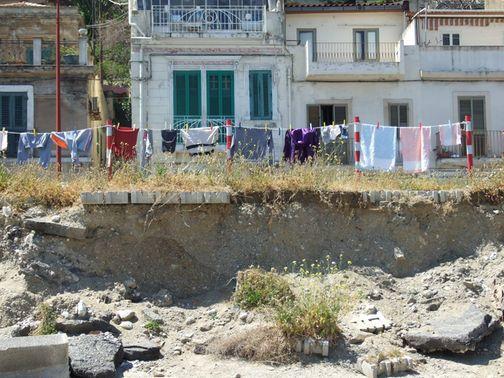 """Accampamento Rom a Contemplazione. Gioveni: """"Lo Stretto patrimonio dell'Unesco o dei Rom?"""""""