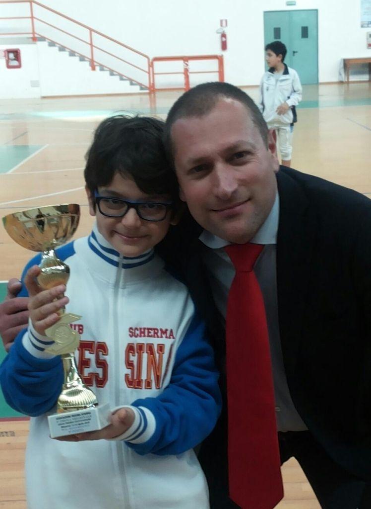 Tommaso Zucchi con il maestro Lillo Cutugno