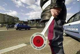 A18 e A20. Controlli serrati della Polizia il 25 aprile e 1° maggio
