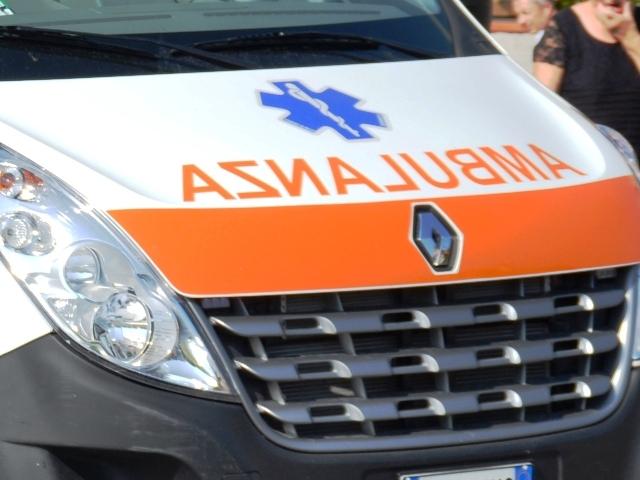 Foto in primo piano di un'ambulanza
