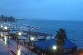 piove a messina sera