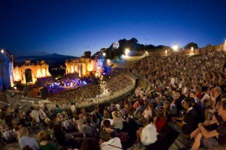 """A Taormina va in scena """"La Trilogia di Siviglia"""". Si parte con la """"Carmen"""""""