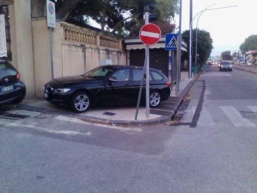 Auto viale della Libertà