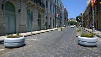 Foto dell'area pedonale vicino al Duomo di Messina