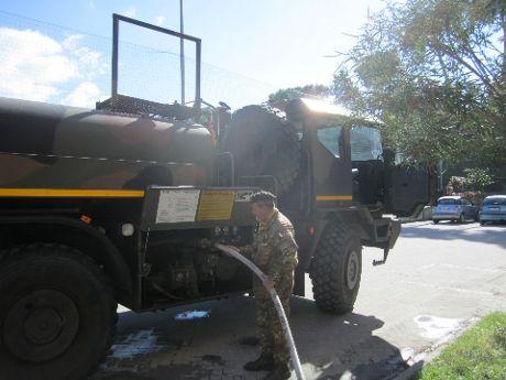 militari autobotti