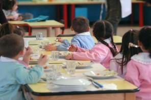 Mensa gratis per le famiglie più povere: la proposta del Consiglio per le scuole di Messina