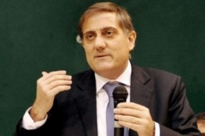 Ardizzone rinuncia alla sindacatura: «Mi ricandido alle regionali»