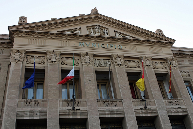 municipio messina primo piano