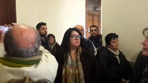 E' bagarre a Palazzo Zanca. Tra urla e spintoni la protesta dei Servizi Sociali – VIDEO
