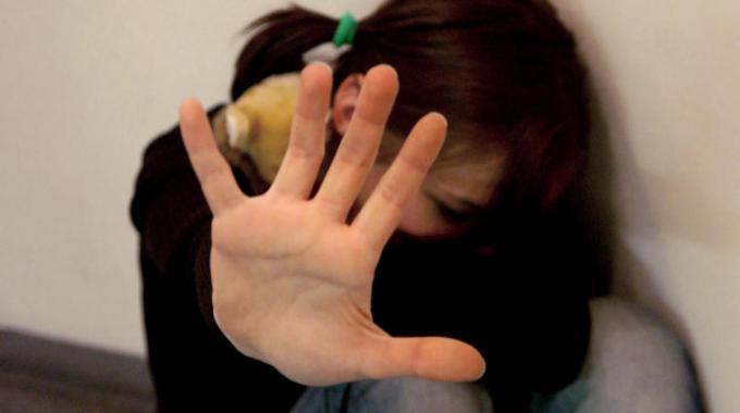 Violenza e abusi minori