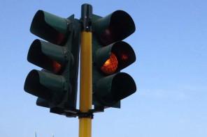 Semaforo inattivo a S. Margherita: «Scarico di responsabilità tra dipartimenti»