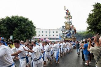Foto dei tiratori della Vara di Messina durante il Ferragosto Messinese