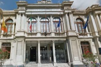 Palazzo dei Leoni - dissesto della città metropolitana