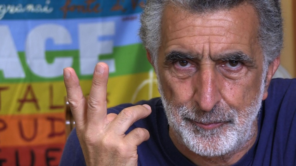 Primo piano sindaco Renato Accorinti