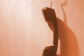 Dopo venti giorni il telefono in alcune scuole cittadine è ancora muto