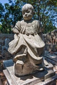 cimitero-statua-bimba