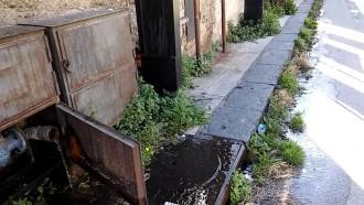 Da due mesi in via Catania si spreca l'acqua , nessuno interviene – VIDEO