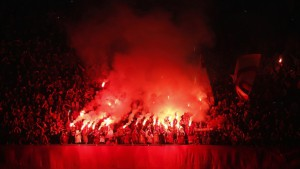 yen_torch_football_team_ultras_galatasaray_fans_1366x768_57473