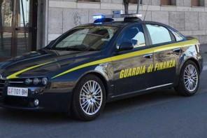 Messina. Denunciati venditori ambulanti e sequestrati articoli contraffatti durante la Vara