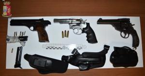 Le armi in possesso di Giuseppe Ruggieri