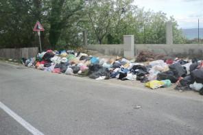 """Emergenza rifiuti nella riviera nord, Biancuzzo: """"Ci sono tante discariche a cielo aperto"""""""
