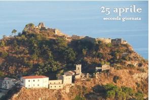Grande affluenza di turisti al Castello di Savoca. Domani aperto