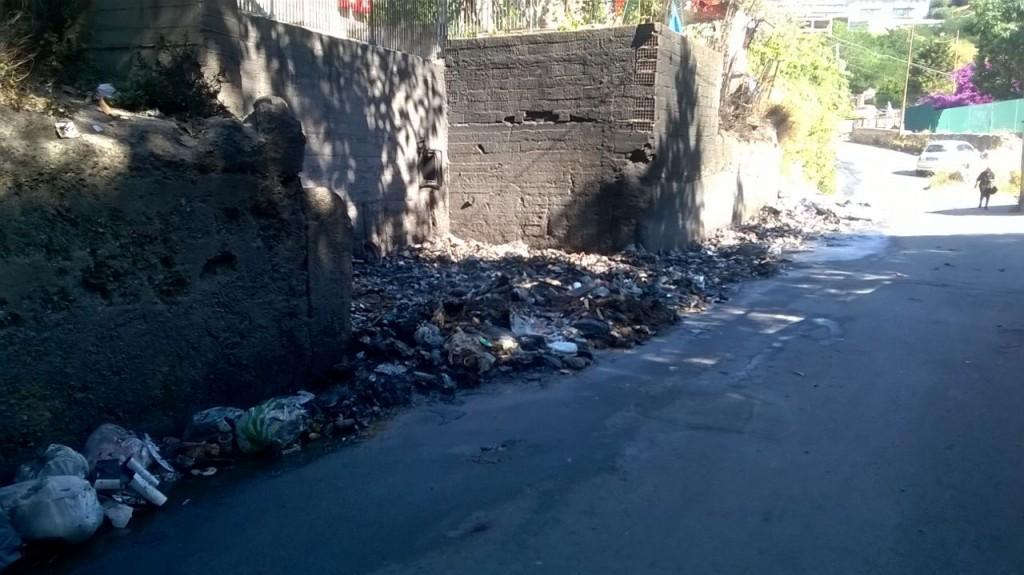 emergenza rifiuti giostra
