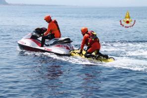 Milazzo. I Vigili del Fuoco salvano tre nuotatori in difficoltà