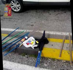 Foto del materiale sequestrato dalla Questura per gli scontri tra tifoserie del Catania e della Cavese