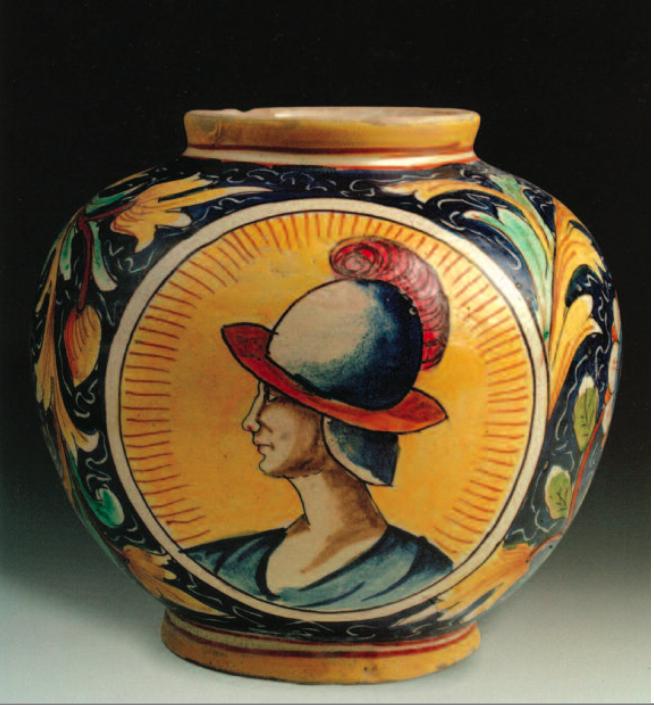 Foto di vaso di ceramica del museo delle ceramiche di messina