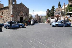 Foto di alcune pattuglie della Polizia - Taormina