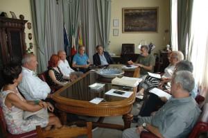 Foto della Riunione tenutasi presso Palazzo dei Leoni sulle aule per il Seguenza