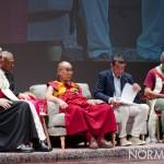 Foto del Dalai Lama a Messina insieme al Mons. Giovanni Accolla e al Sindaco Renato Accorinti