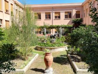 Foto del cortile interno del Liceo Classico Maurolico, Messina