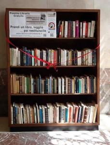 Scaffale-libri_02 - Librincircolo, Messina