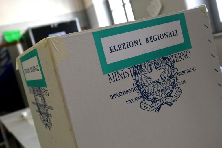 Foto urna elezioni regionali Sicilia
