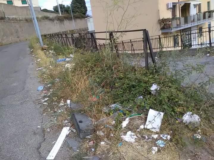 Foto delle condizioni di degrado a Fondo Fucile - Messina