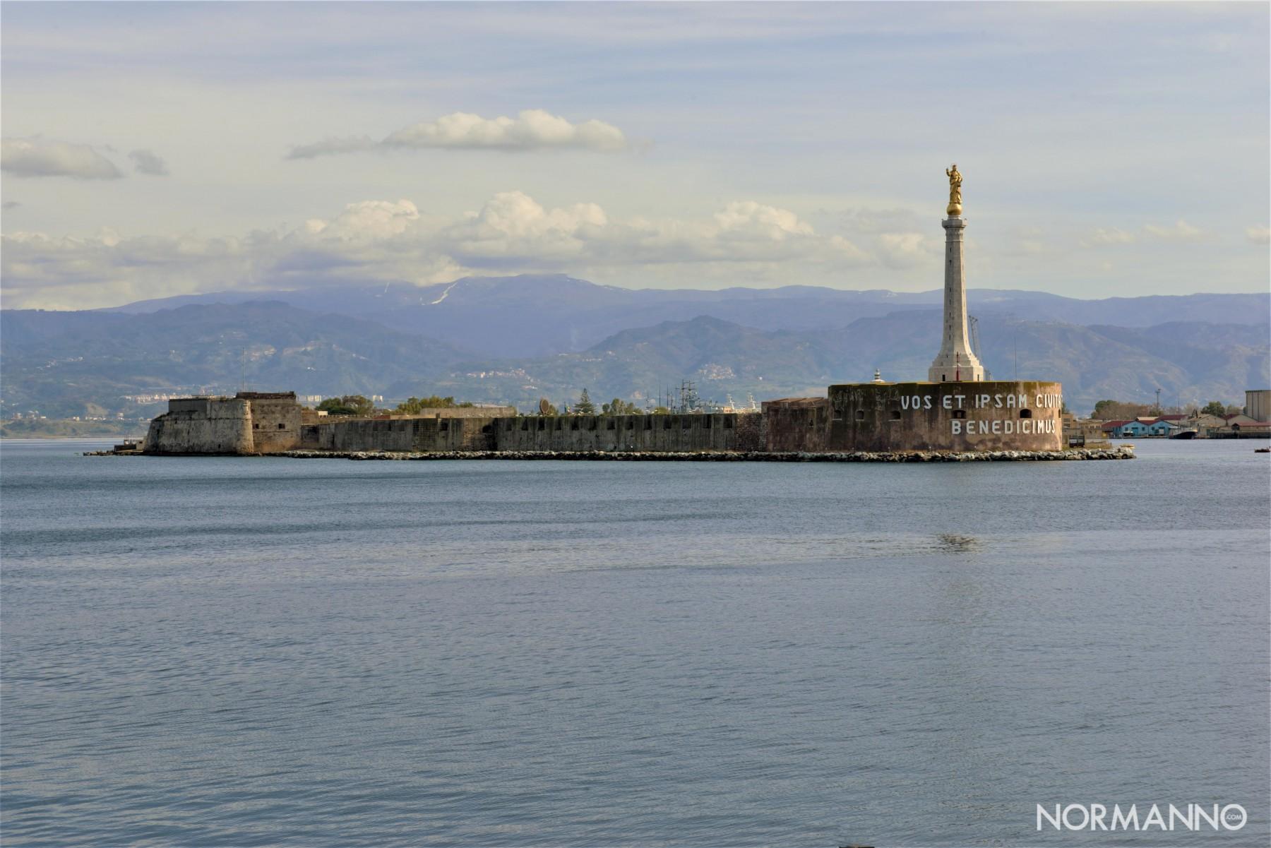 Foto della Madonnina del Porto di Messina