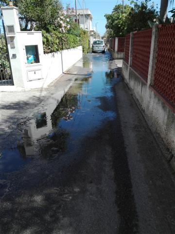Fogna in strada, Via Marina Ortoliuzzo